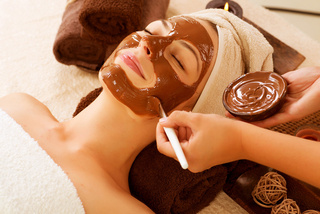 Chocolate Mask Facial Spa. Beauty Spa Salon - monte mare